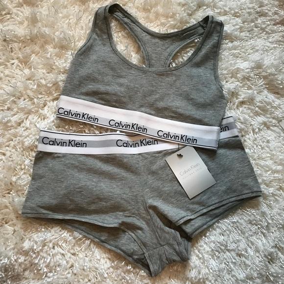 f5484e153520e Calvin Klein Bralette   Panty Boyshort Set